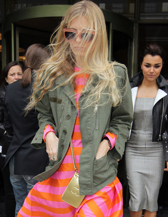 The Many Bags of London Fashion Week Fall 2014 Celebs-5