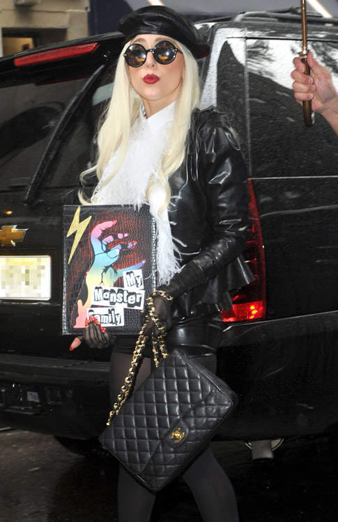 Celebrities and Their Chanel Bags-9