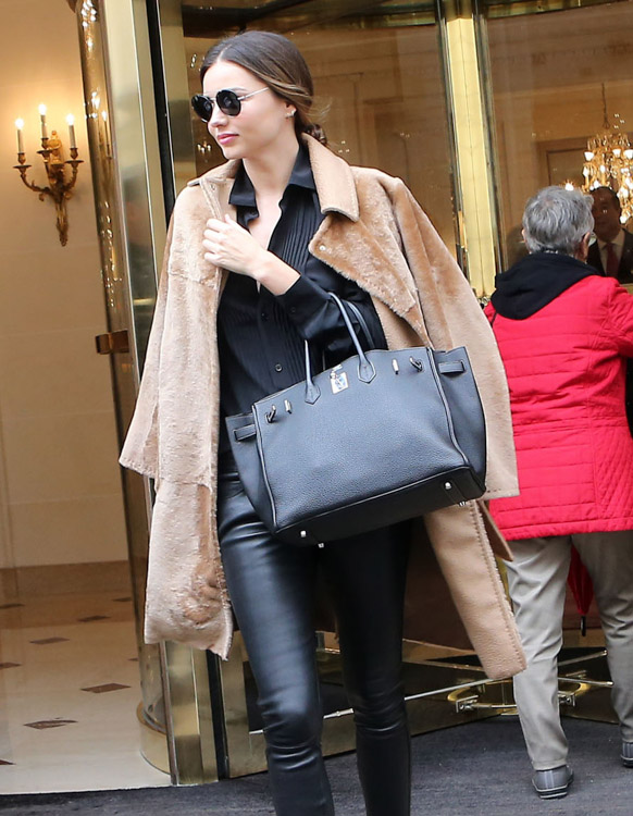 1a13000319 60+ Bags and the Celebrities Who Carried Them at Paris Fashion Week ...
