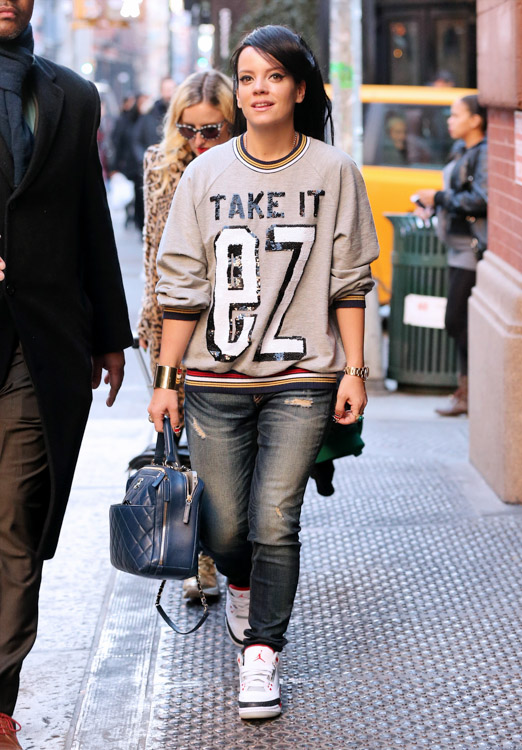 Lily Allen Chanel Bowling Bag-2