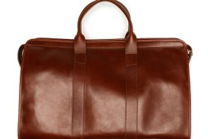 Man Bag Monday: The Lotuff Leather Travel Duffel Bag