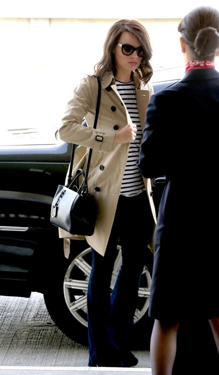 Margot Robbie Fendi 2Jours Mini Tote Bag-1