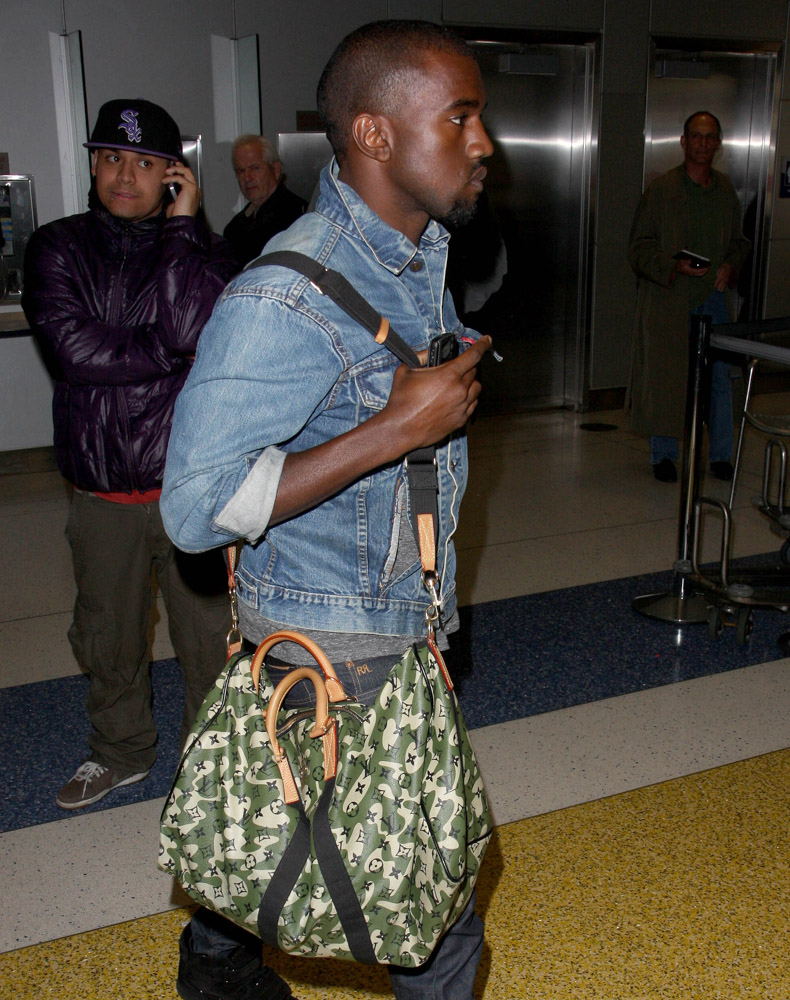 The Many Bags of Accessory-Loving Male Celebrities-4