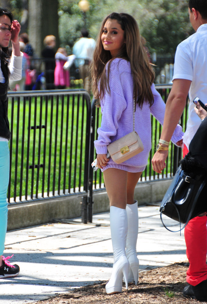 Ariana Grande Chanel Flap Bag-3