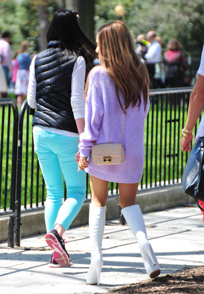 Ariana Grande Chanel Flap Bag-4