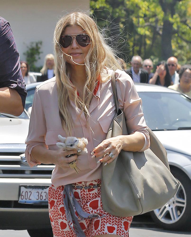 Celebrity Easter Handbags 2014 9