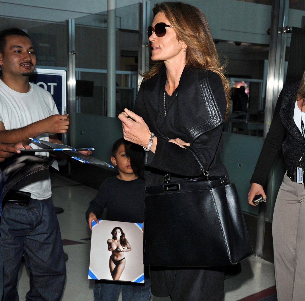 d95a0a62571a Cindy Crawford Travels with a Fendi Peekaboo - PurseBlog
