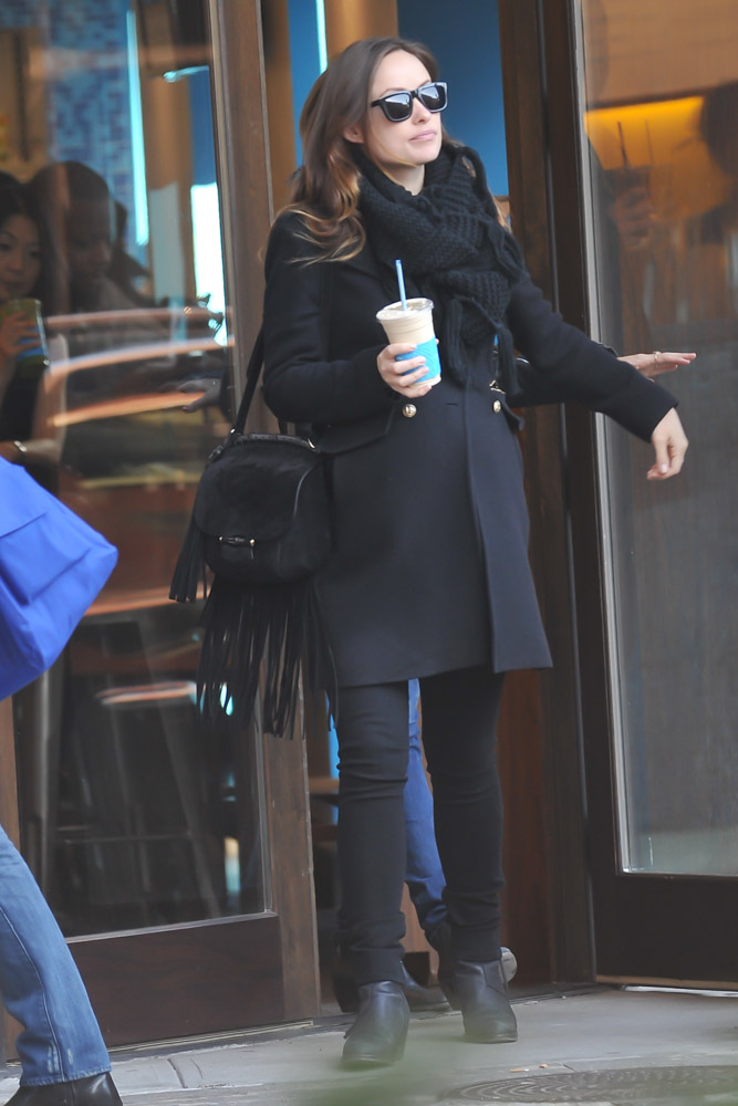 Olivia Wilde Gucci Nouveau Fringe Suede Bag-2
