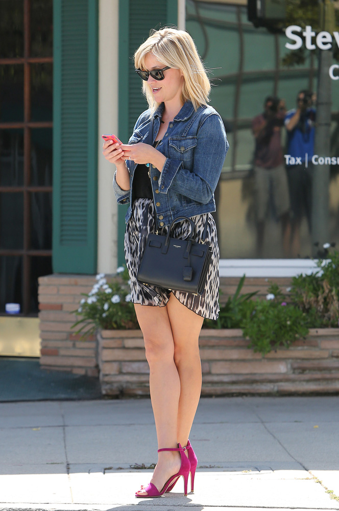 Reese Witherspoon Saint Laurent Sac de Jour Micro Bag 1