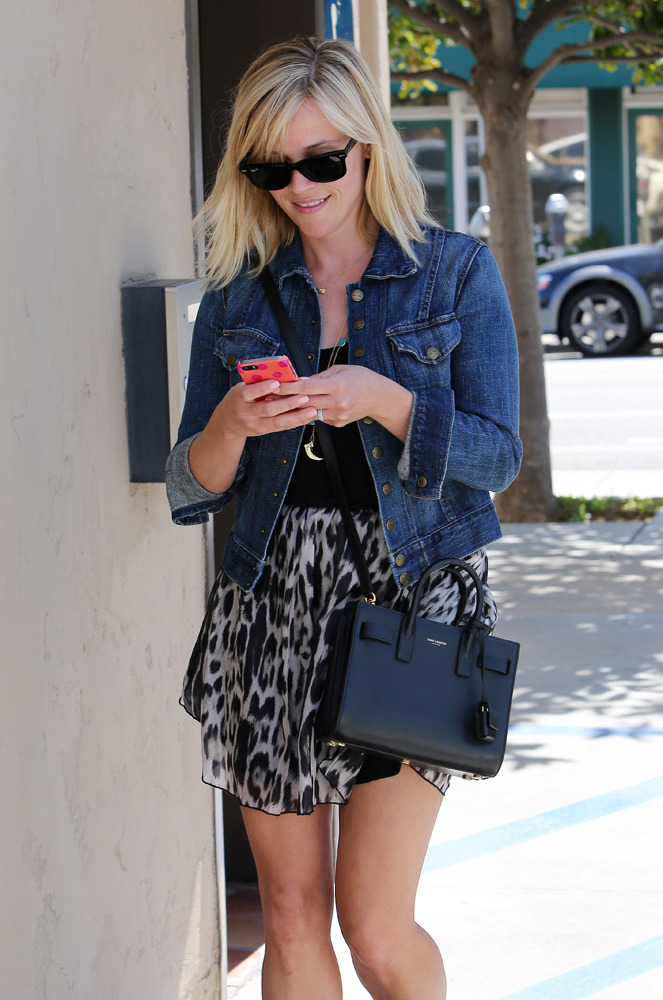 Reese Witherspoon Saint Laurent Sac de Jour Micro Bag 2