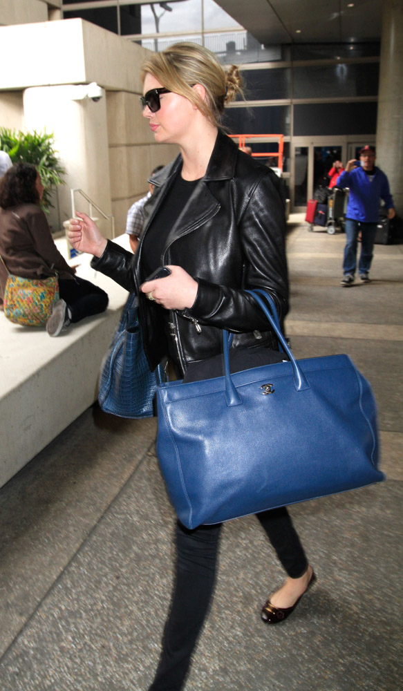 The Many Bags of Kate Upton-14