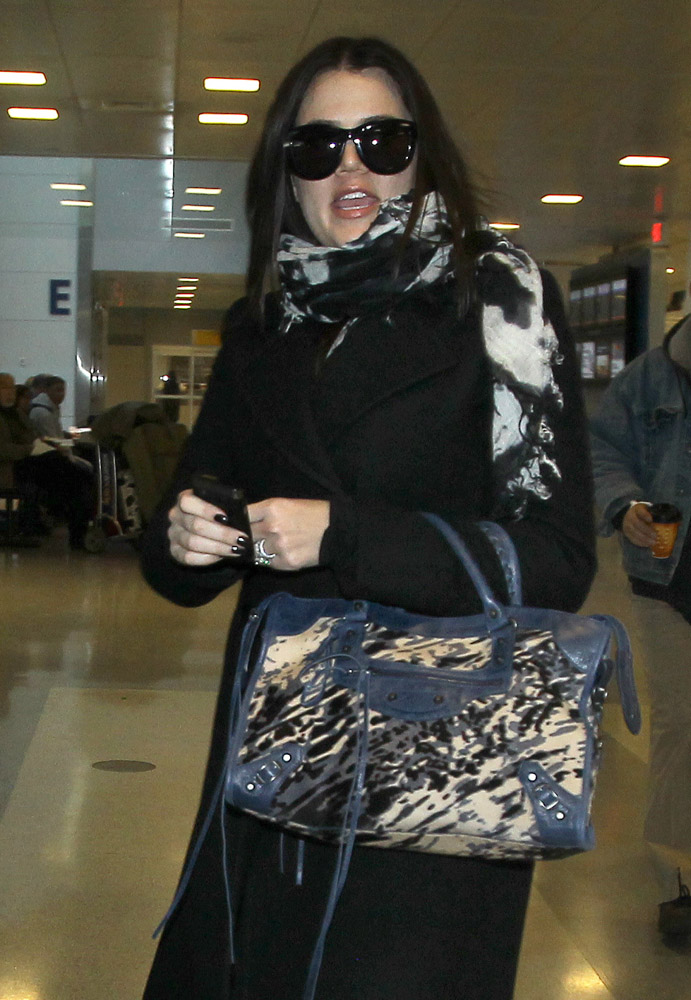 The Many Bags of Khloe Kardashian-14