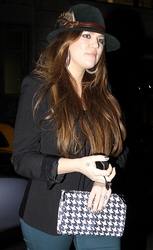 The Many Bags of Khloe Kardashian-18