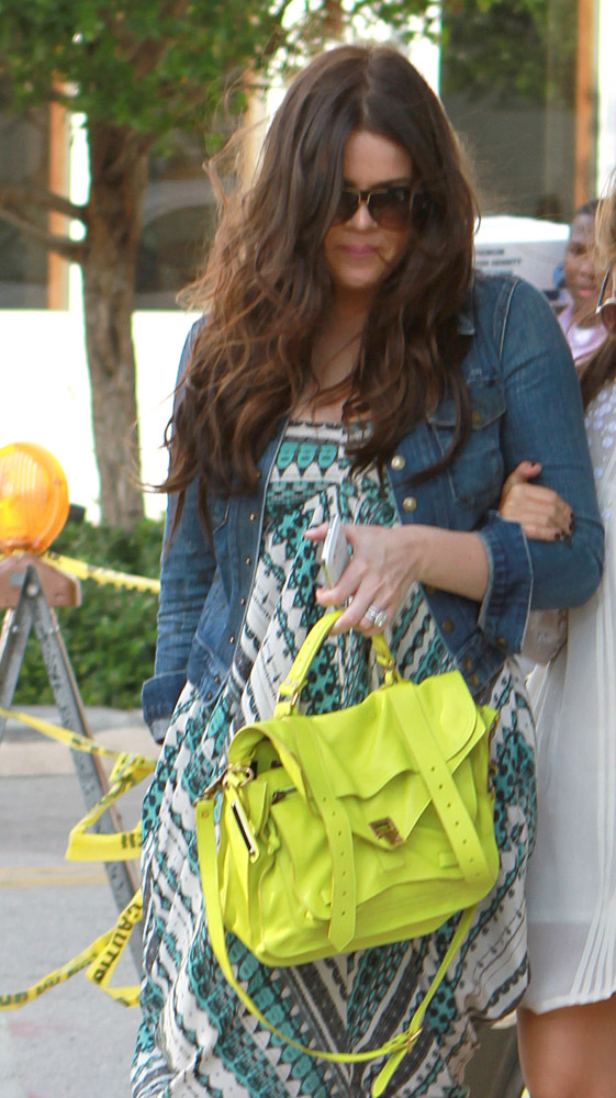 The Many Bags of Khloe Kardashian-24