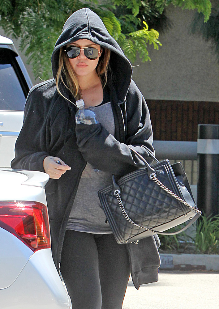 The Many Bags Of Khloe Kardashian 36