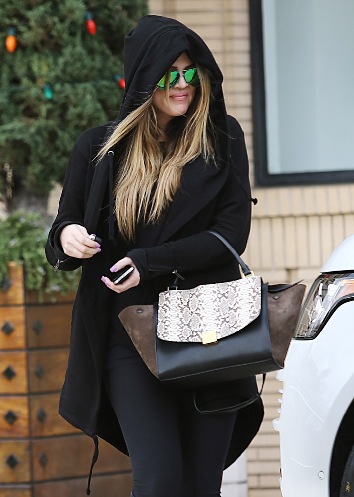 The Many Bags of Khloe Kardashian-44