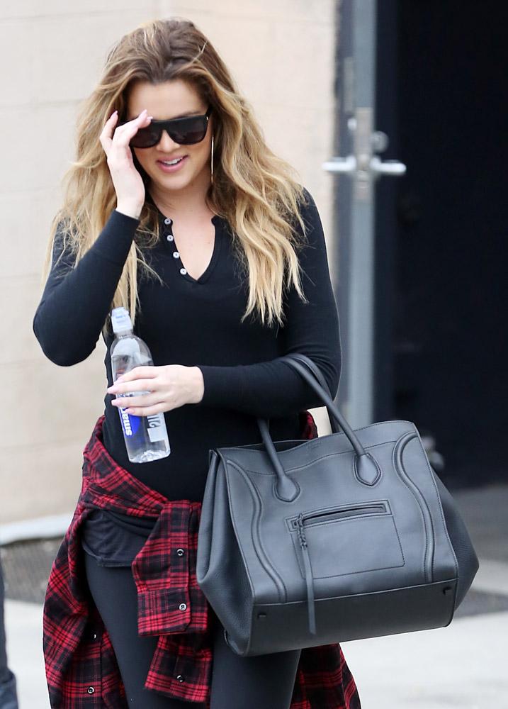 The Many Bags of Khloe Kardashian-45