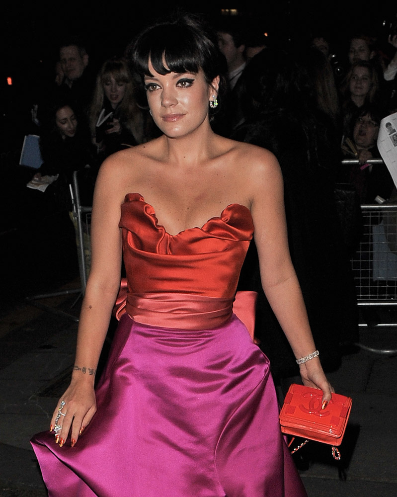The Many Bags of Lily Allen-32