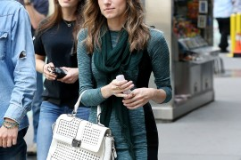 "Allison Williams Carries a Rebecca Minkoff Bag on the Set of ""Girls"""