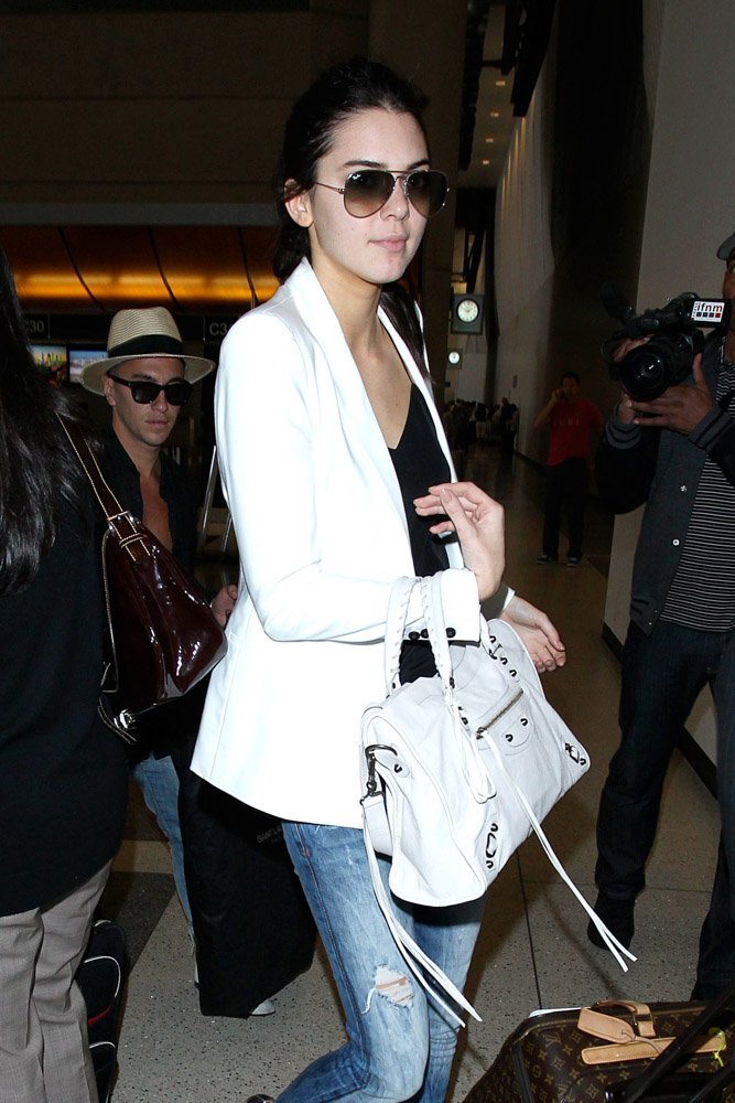 Kendall Jenner Balenciaga City Bag-4