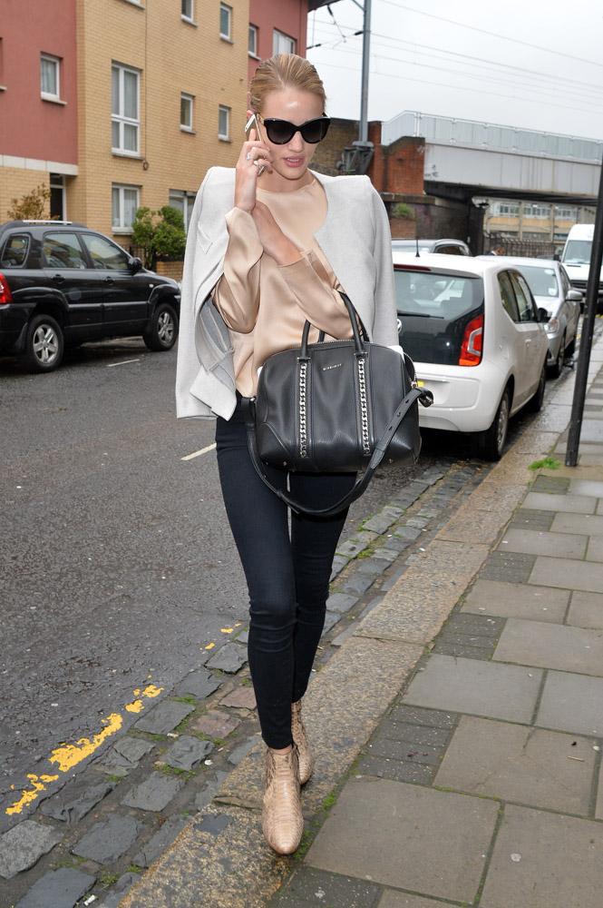 Rosie Huntington-Whiteley Givenchy Lucrezia Bag-2