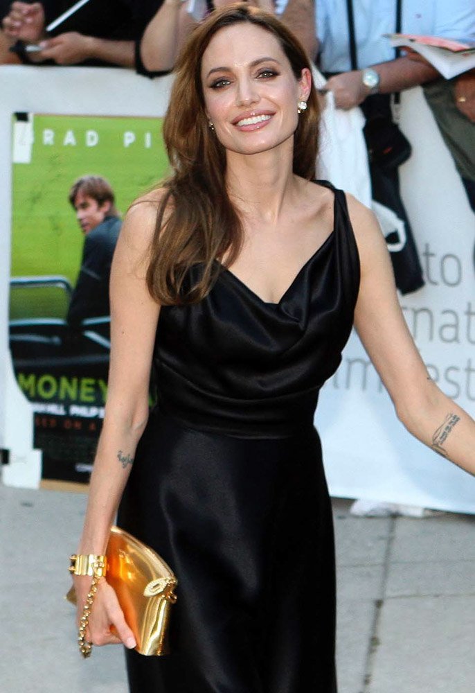 The Many Bags of Angelina Jolie-16