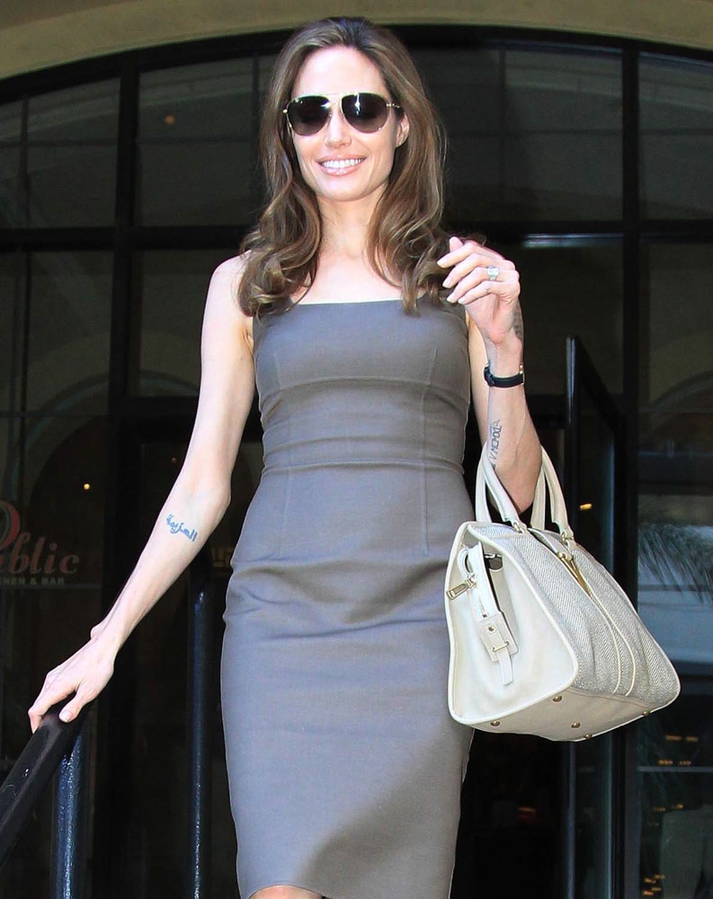 The Many Bags of Angelina Jolie-21