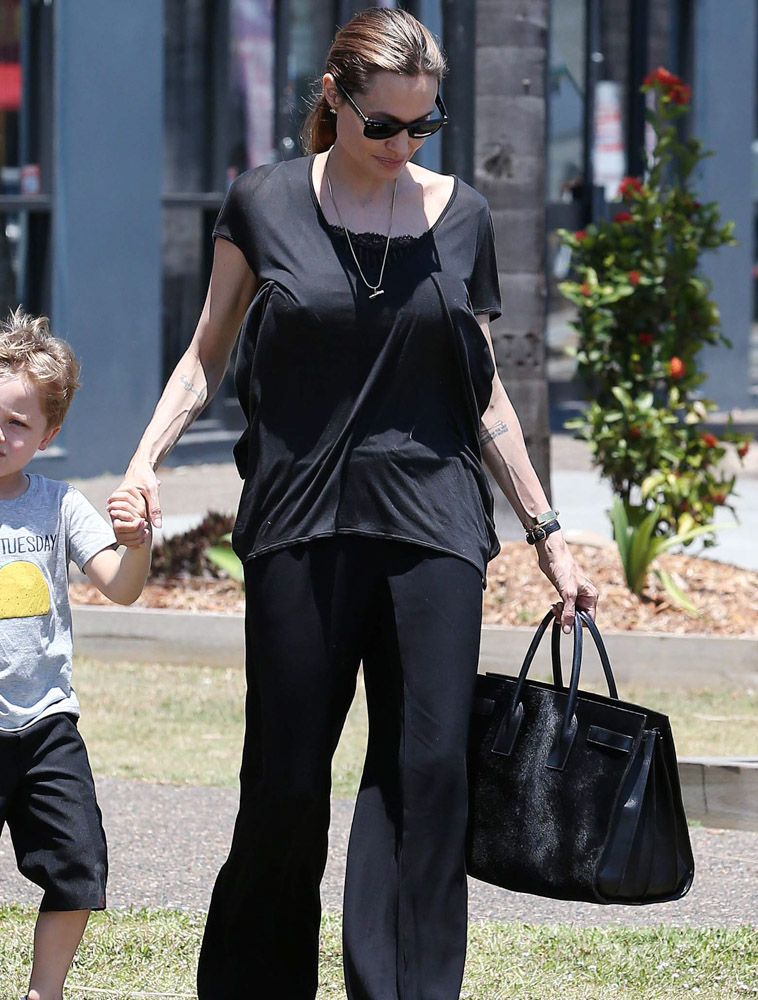 The Many Bags of Angelina Jolie-26