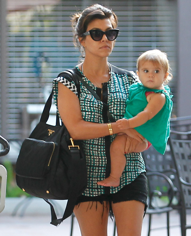 The Many Bags of Celebrity Moms-22