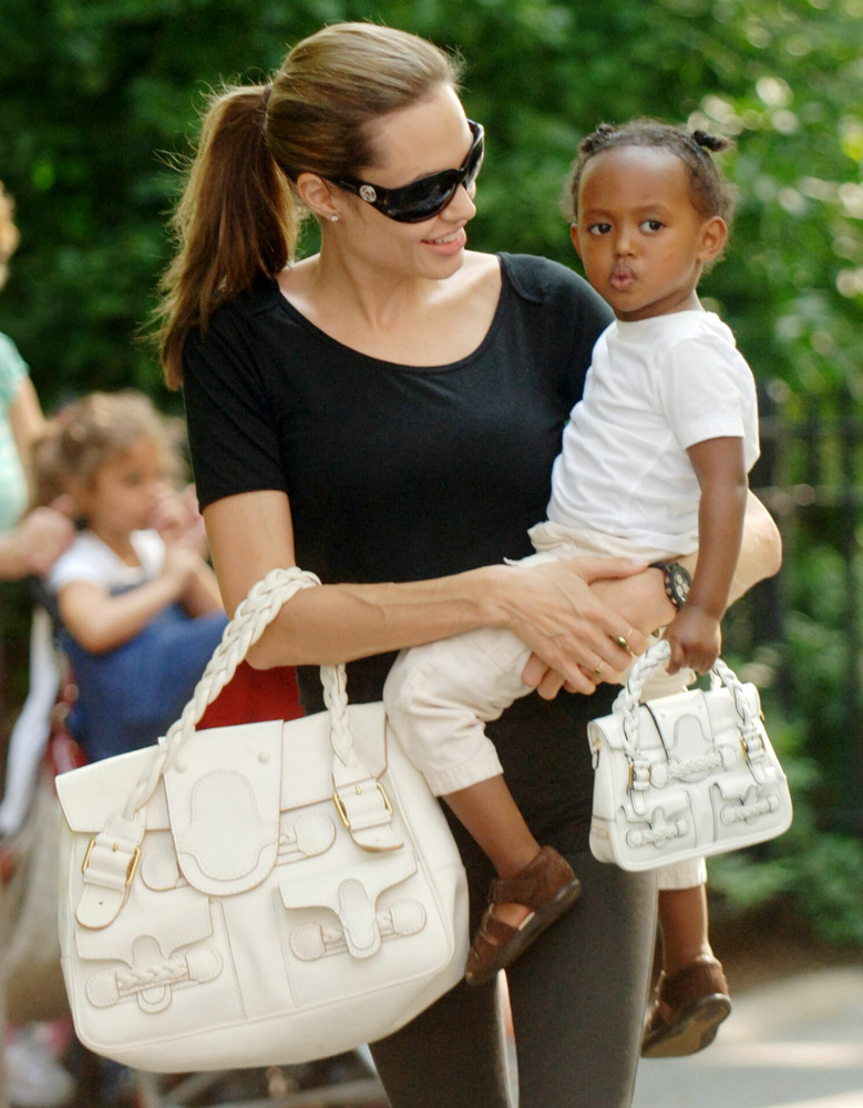 The Many Bags of Celebrity Moms-3