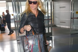 Gwyneth Paltrow Travels With a Chanel Tote