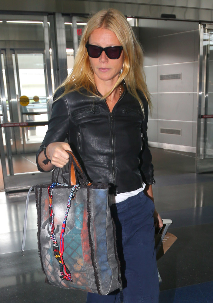Gwyneth Paltrow Chanel Graffiti Tote-3