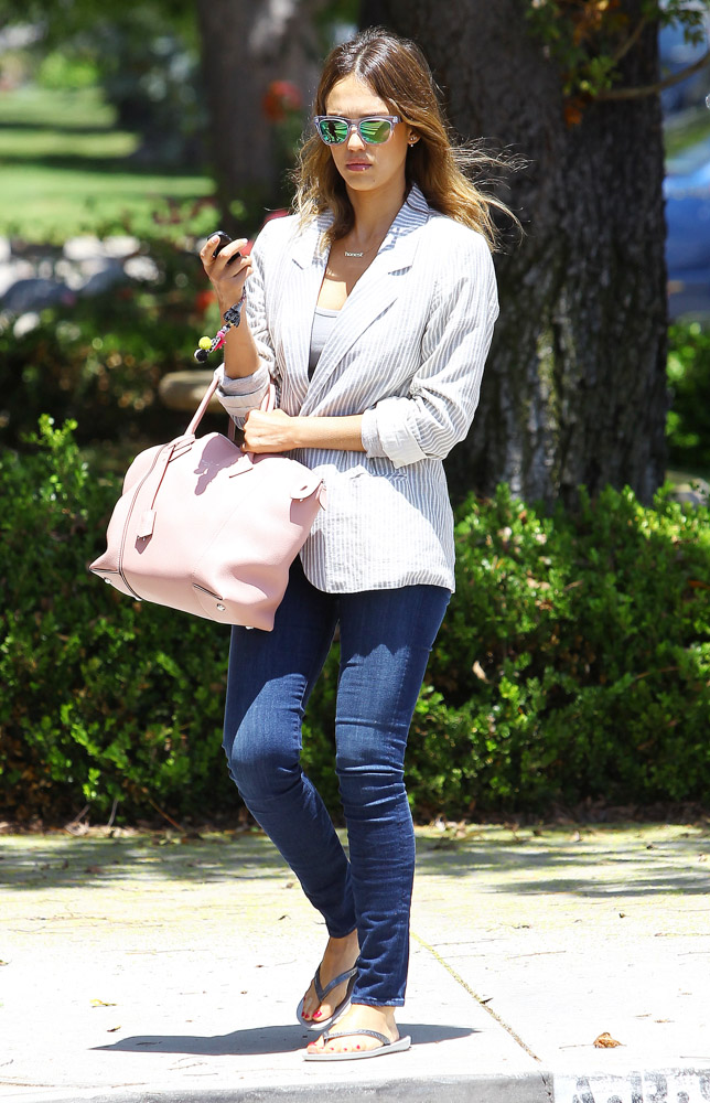 Jessica Alba Louis Vuitton Soft Lockit Bag-3