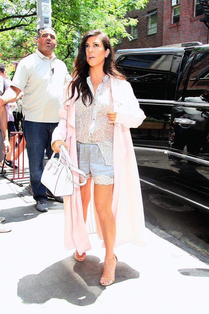 Kourtney Kardashian Givenchy Antigona Mini Bag-2