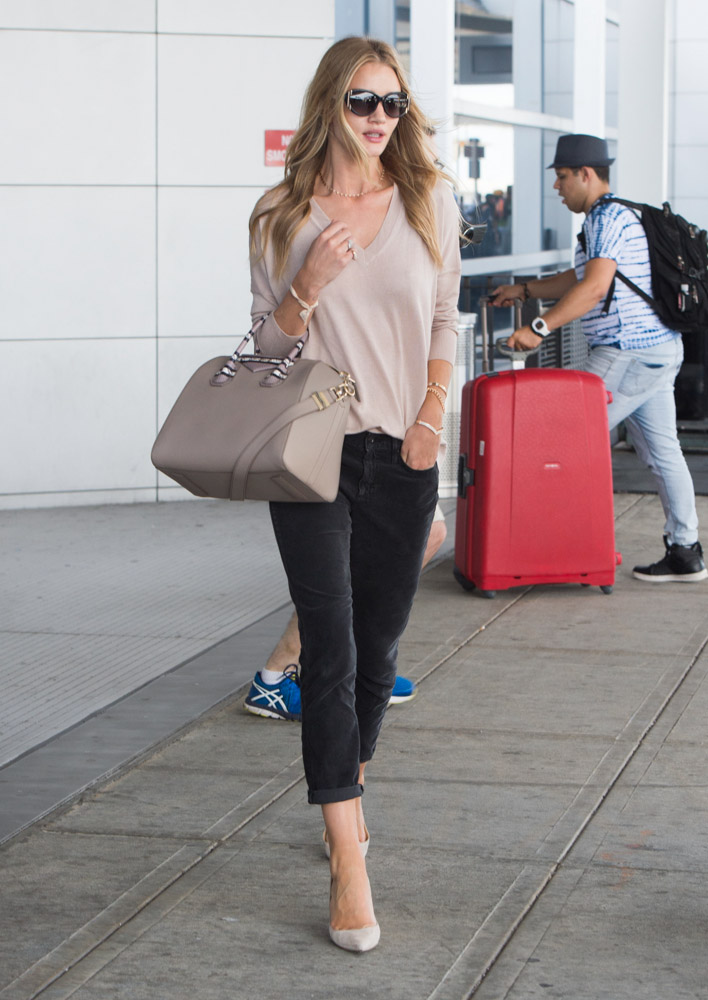 Rosie Huntington-Whiteley Givenchy Antigona Bag-3
