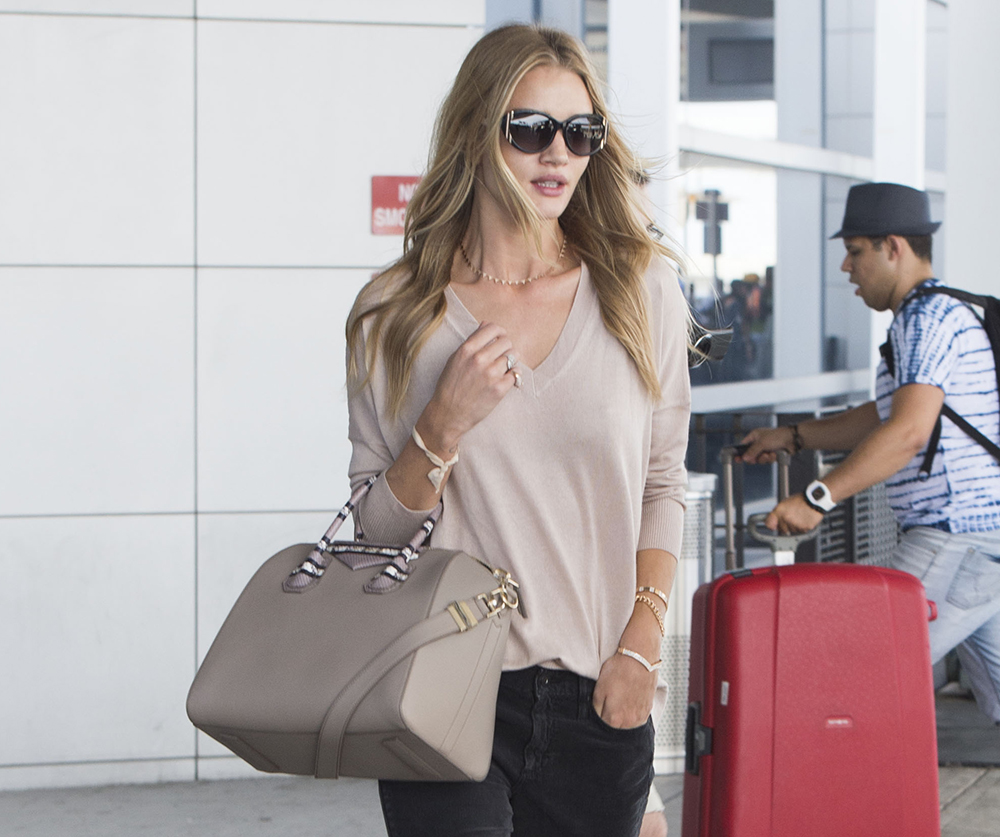 Rosie Huntington-Whiteley Givenchy Antigona Bag