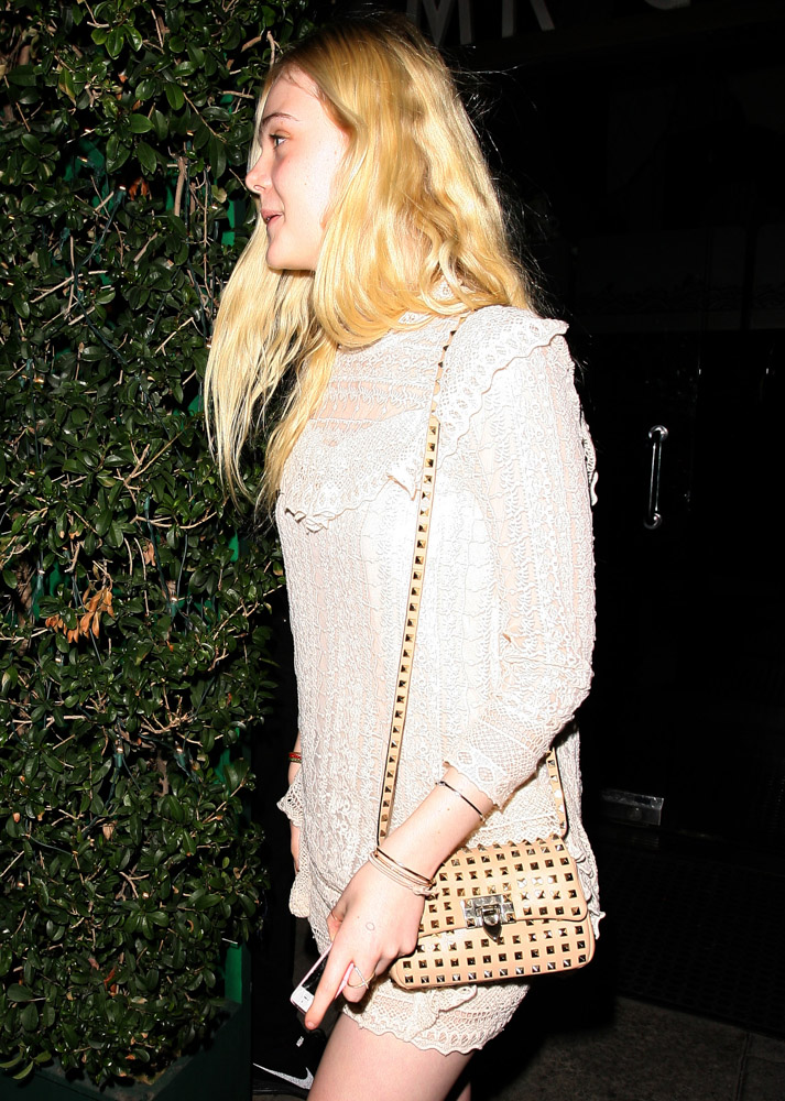 The Many Bags of Dakota and Elle Fanning-24