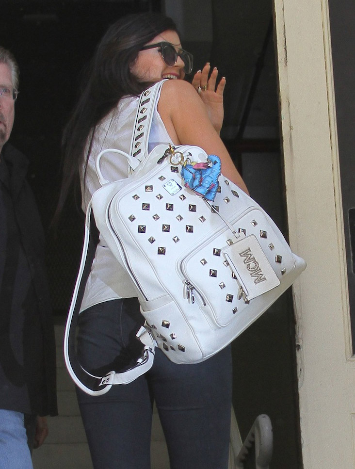 01cf059e8441 The Many Bags of Kylie and Kendall Jenner - PurseBlog