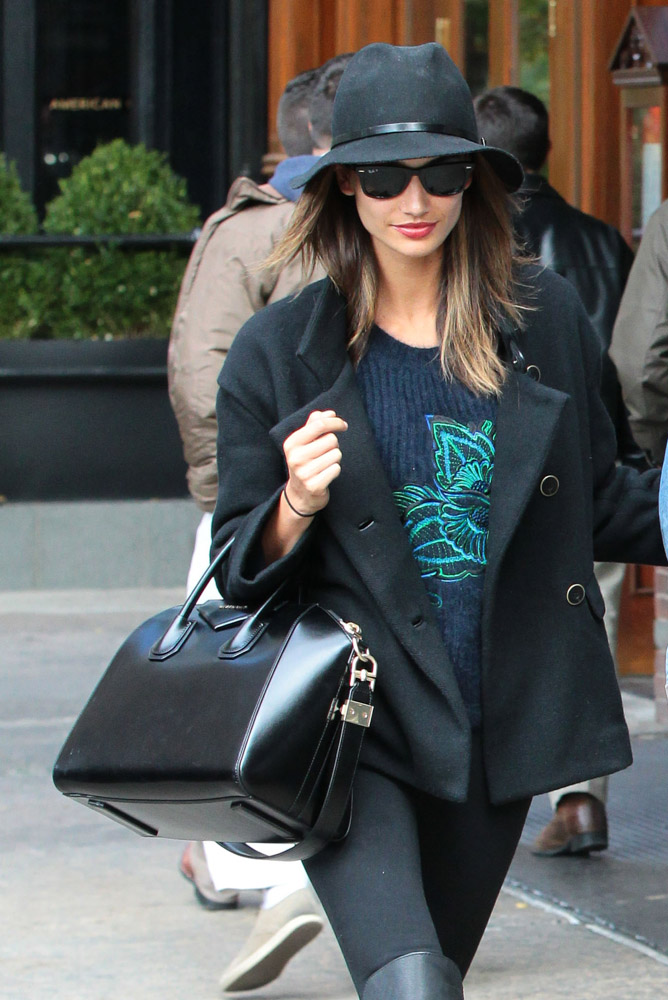 Celebrities Carrying Givenchy Antigona Bags-10