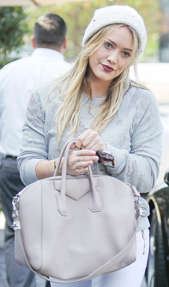 Celebrities Carrying Givenchy Antigona Bags-17