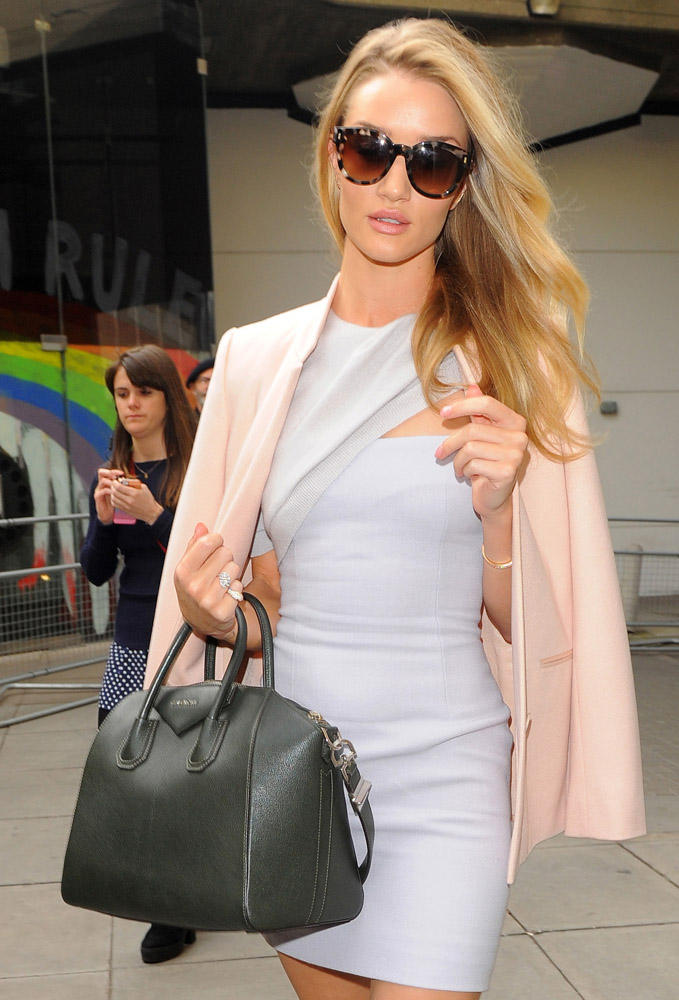 Celebrities Carrying Givenchy Antigona Bags-19