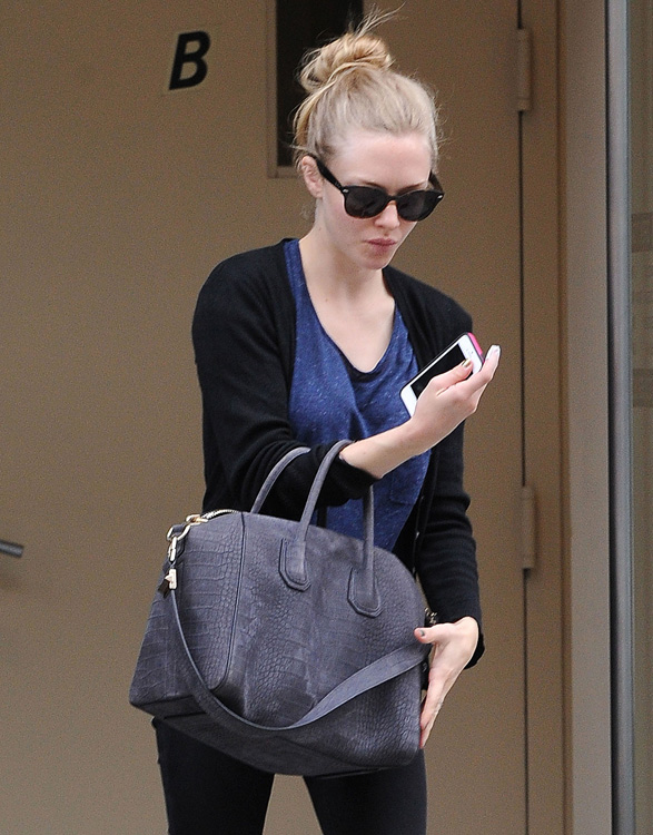 Celebrities Carrying Givenchy Antigona Bags-25