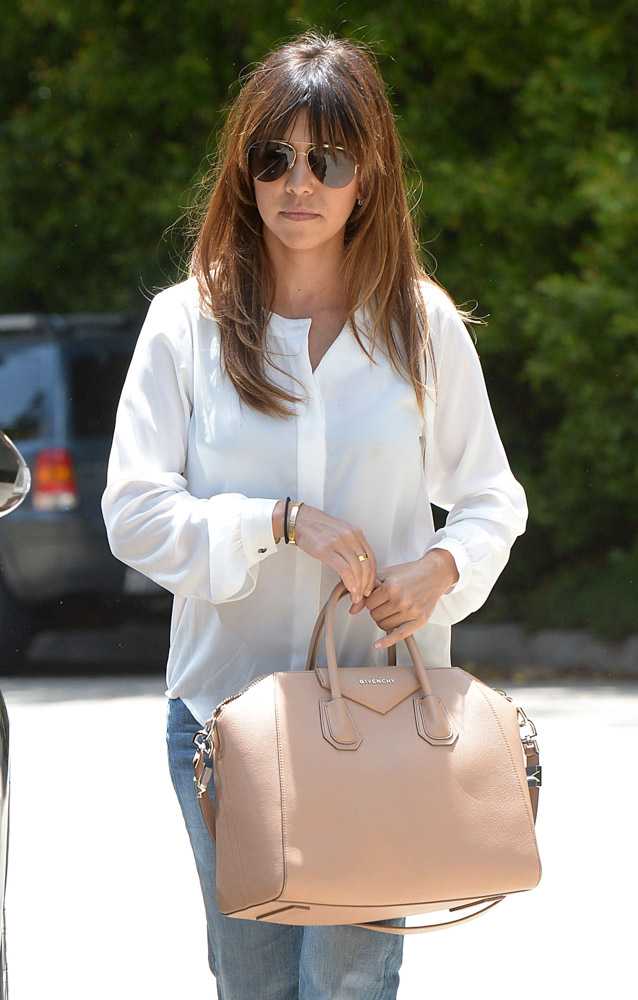 Celebrities Carrying Givenchy Antigona Bags-7
