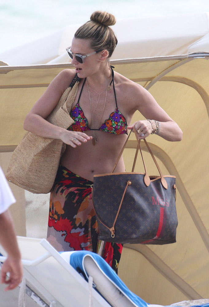 Celebrity Beach Bags 24