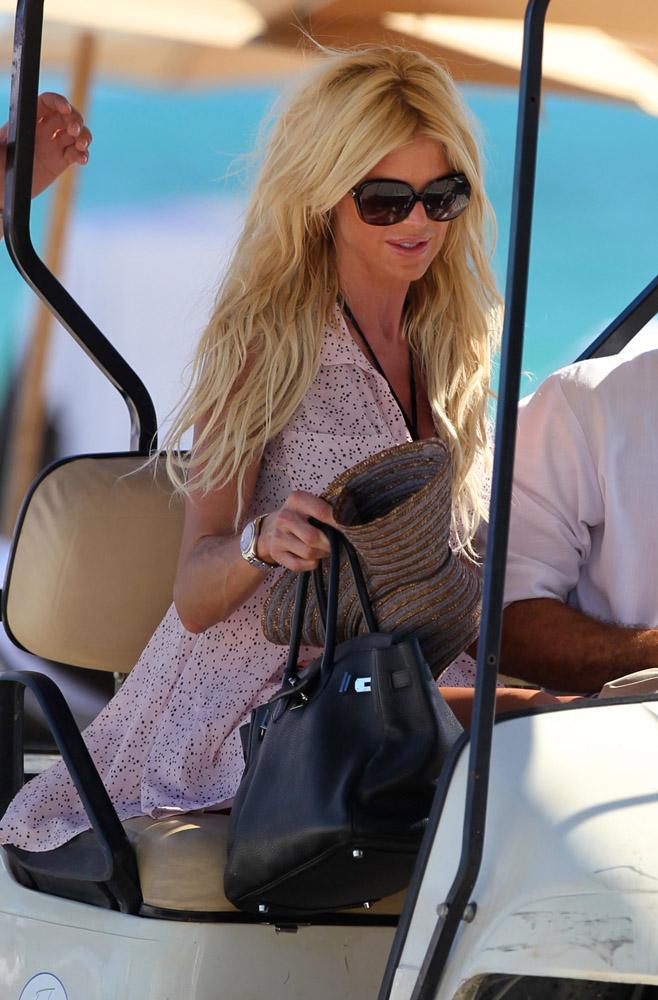 Celebrity Beach Bags 37