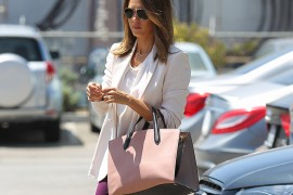 Jessica Alba Heads to a Meeting with Smythson's Newest Bag