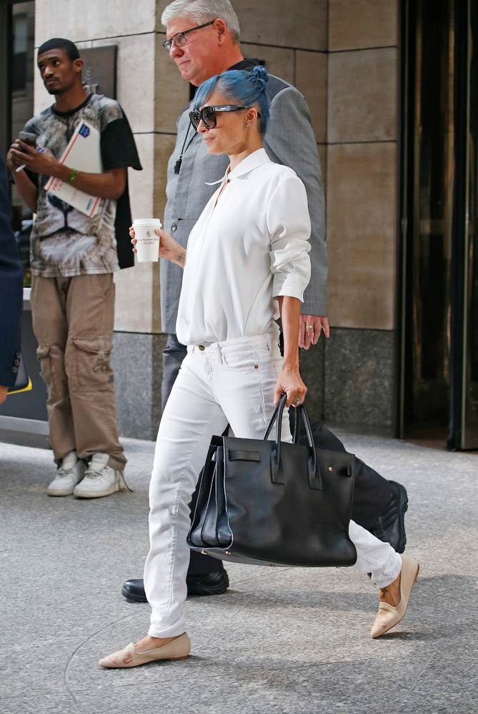 Nicole Richie Does The Press Rounds With An Enormous Saint