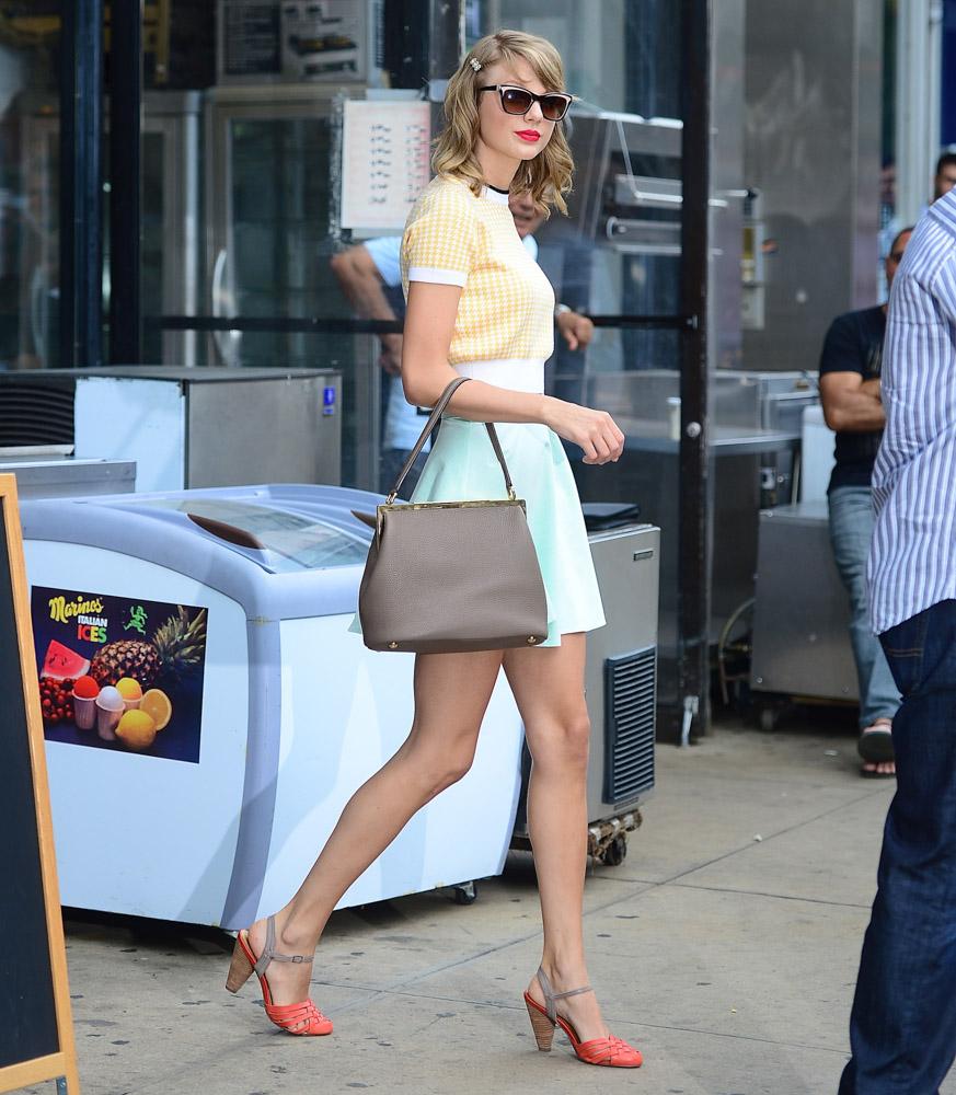 Taylor Swift Dolce & Gabbana Sara Bag-1