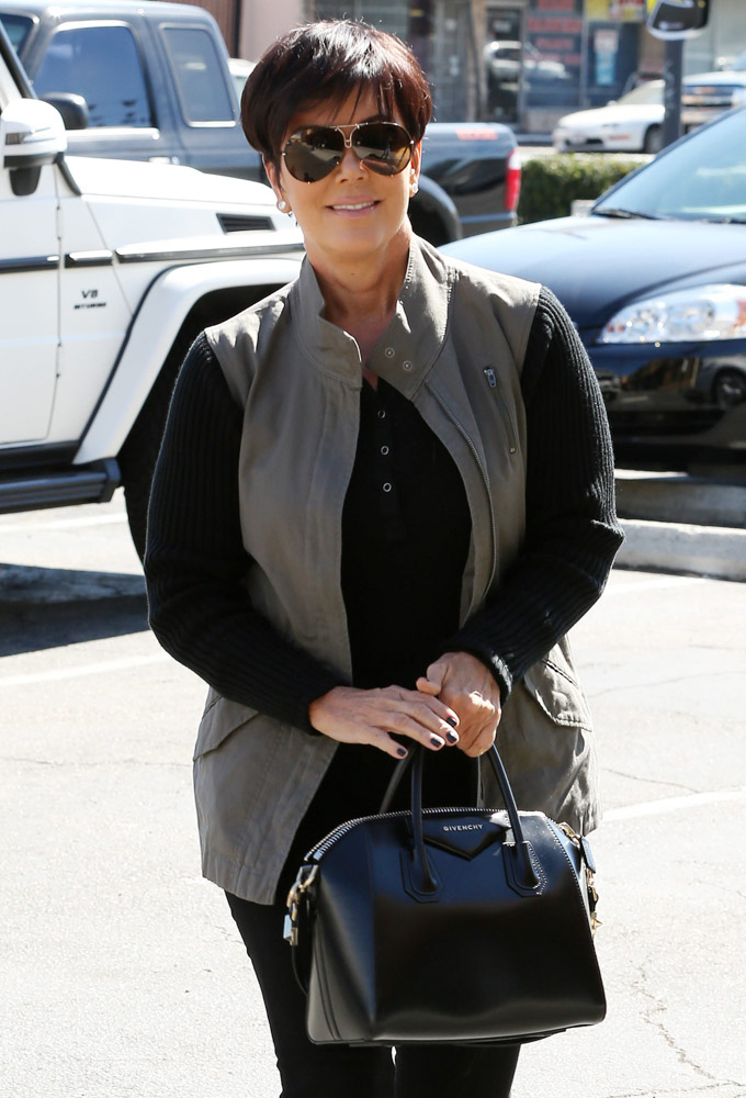 The Many Bags of Kris Jenner-26