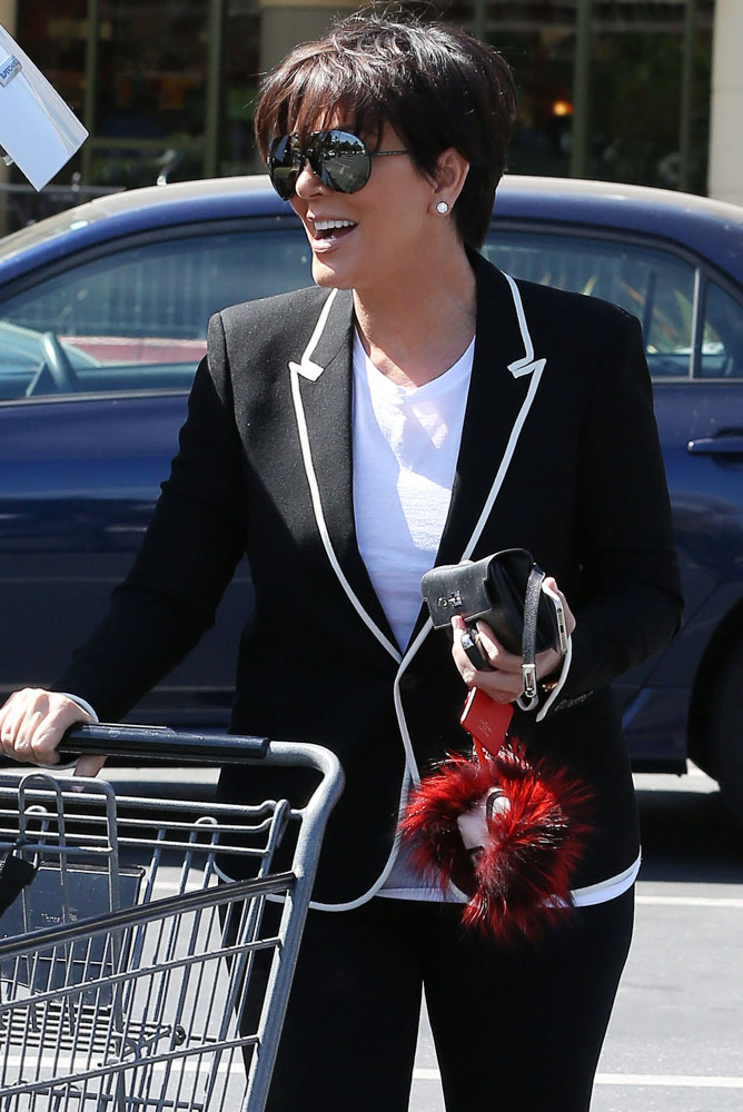 The Many Bags of Kris Jenner-36